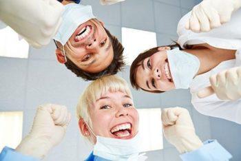 Valutazione dei livelli di stress in un gruppo di operatori sanitari di un team dentale  prima e dopo un percorso  di Mindfulness Base Intervention di  otto settimane